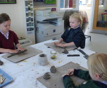 Pp2w pottery snails and with 5v in art lesson 024