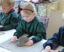 Pp2w pottery snails and with 5v in art lesson 040