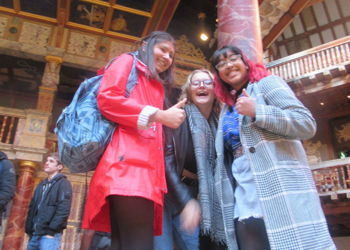 Y13 English Students visit The Globe