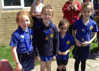 Rain holds off for triumphant Years 1-3 on Sports Day