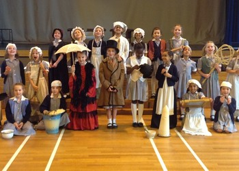 Year 2 step back into the Victorian era