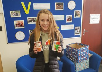 Students donate to Reverse Advent Calendar