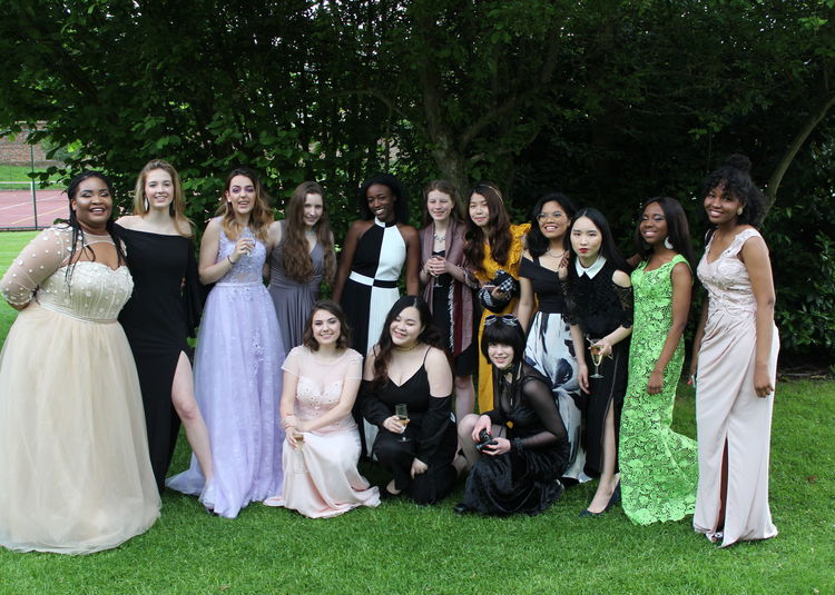 Cobham Hall Girls in Top 7% Worldwide