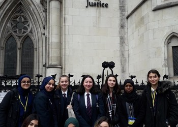 Year 11 & 12 visit to the Royal Courts of Justice