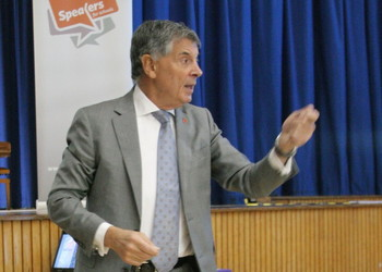 David Dein, Arsenal legend, visits Corelli