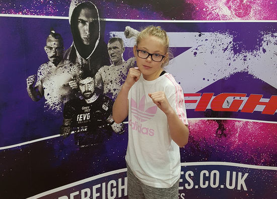 Kickboxing star Ellie in title fight