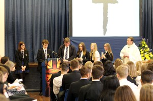 Yr 11 leavers mass 2016 1