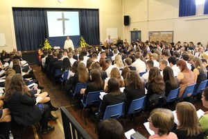Yr 11 leavers mass 2016 6