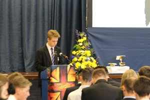 Yr 11 leavers mass 2016 10