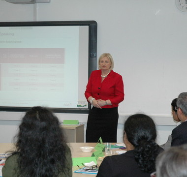 Hosting teacher training on GCSE Bengali reforms