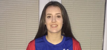 Spires Student Megan Pearce captains Crystal Palace Ladies Under 16's wiinning team