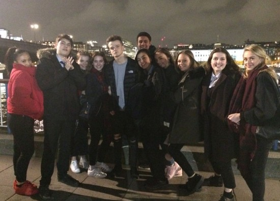 Drama students attend Hedda Gabler performance