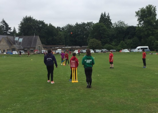 Year 9 students umpire at Year 6 Cricket Festival