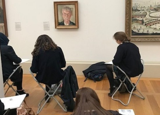 Art students visit Tate Britain