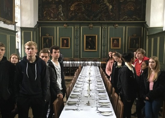 Sixth form students attend Cambridge Physics Experience