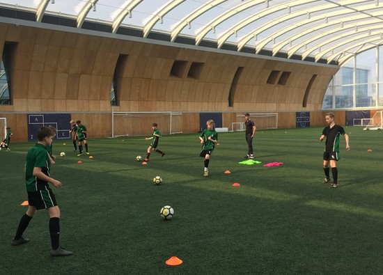 Year 8 footballers train at Tottenham Hotspur!