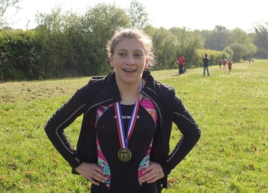 Isobel wins Hillingdon Grassman Triathlon