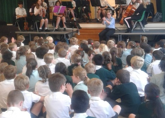 Music Ambassadors thrill pupils at The Russell School!