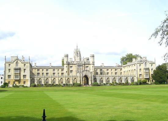 Students experience University of Cambridge Interactive Day of Languages