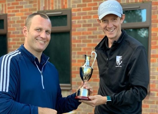 Mr Hutton wins 2nd St Clement Danes Golf Day!
