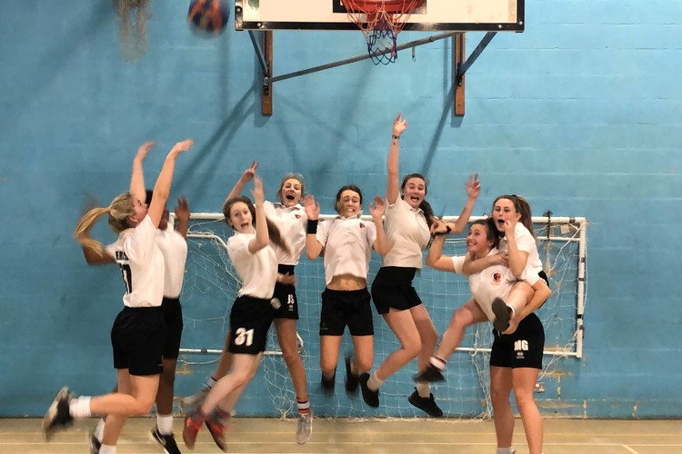 Basket ball Year 10 cele