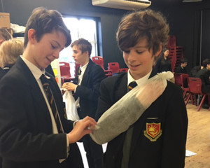 Year 8 Learn First Aid Skills