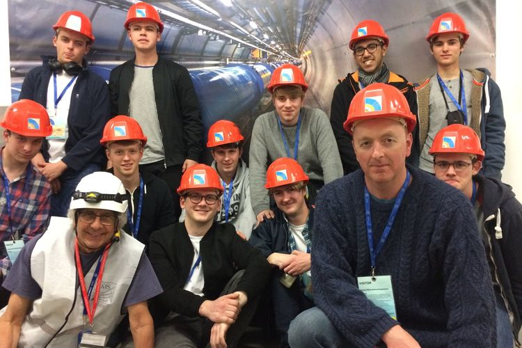 TWGSB Physics Students visit CERN