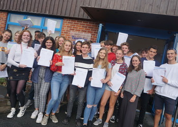 Outstanding GCSE results for Twynham School - Again!