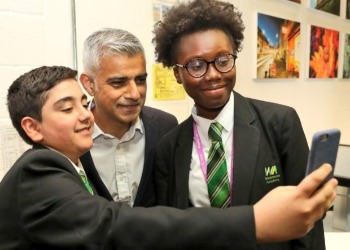 Video: Westminster Academy students interview the Mayor of London at the Mosaic Inaugural Iftar