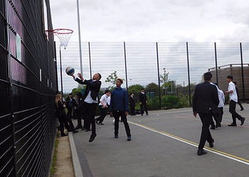Jack Petchey and WPCSA fund new Basketball Equipment