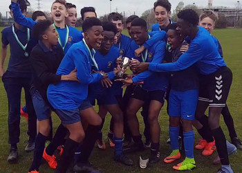 Year 9 Boys WIN borough Football Cup